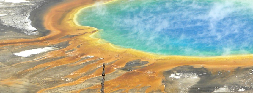 Grand Prismatic Spring Yellowstone overhead zoom